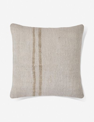 Verly Vintage Pillow