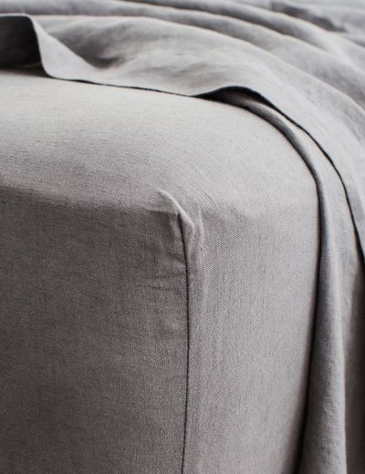 Cultiver Linen Bedding, Charcoal Gray Fitted Sheet