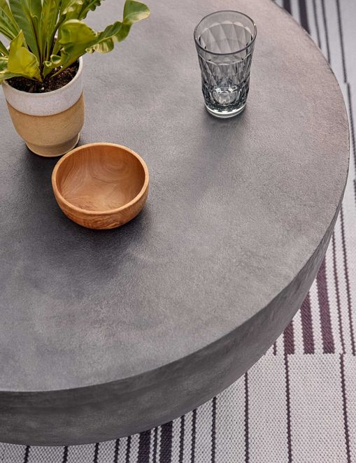 Ohana Indoor / Outdoor Round Coffee Table
