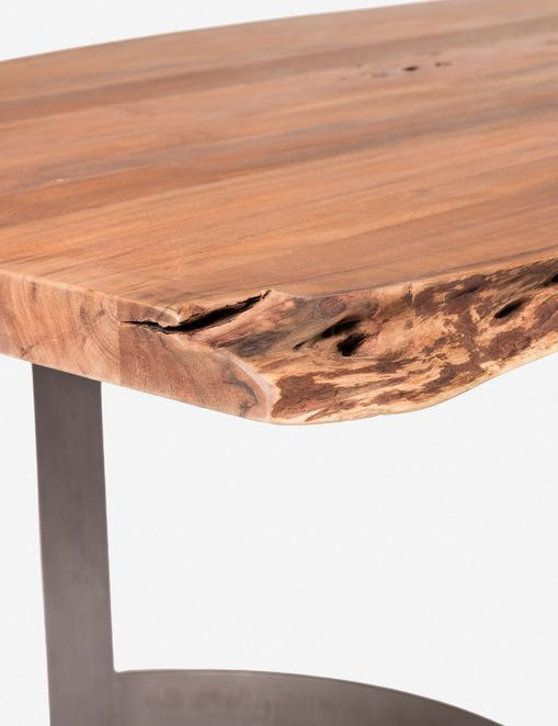 Fer Dining Table