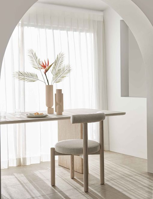 Dame Dining Chair