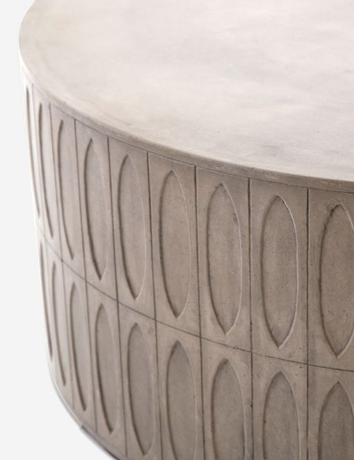 Mal Indoor / Outdoor Round Coffee Table