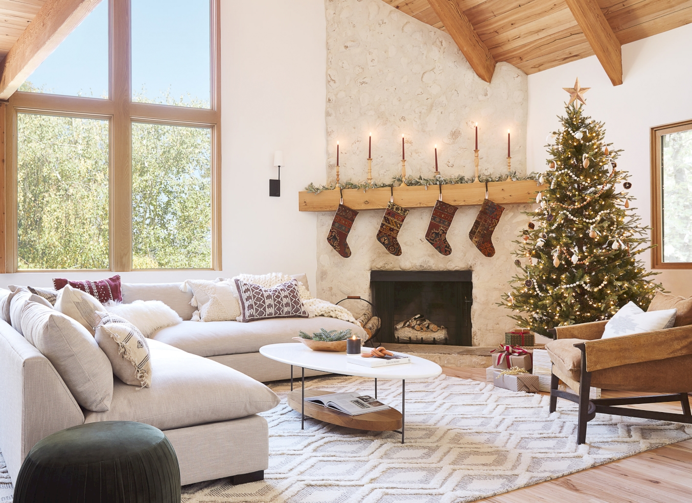 Holiday Checklist: Deck the Halls